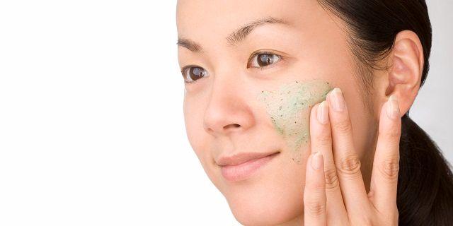 Trị mụn ẩn bằng cách chăm sóc da