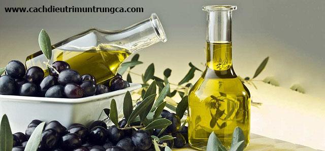 Thực hư cách dùng dầu oliu trị mụn?