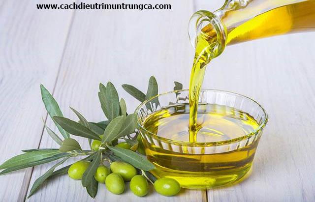 Tác dụng trị mụn của dầu oliu