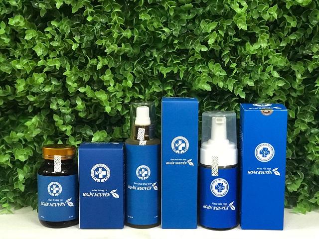 Hoàn Nguyên là bộ sản phẩm trị mụn được chiết xuất từ nhiều thảo dược tự nhiên