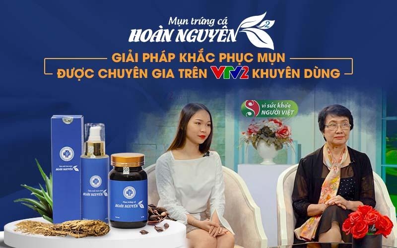 """Bác sĩ Nhuần và khách mời Huyền Anh chia sẻ tại chương trình """"Vì sức khỏe người Việt"""""""